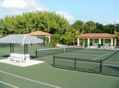 Summer Tennis on the Palm Beach Clay